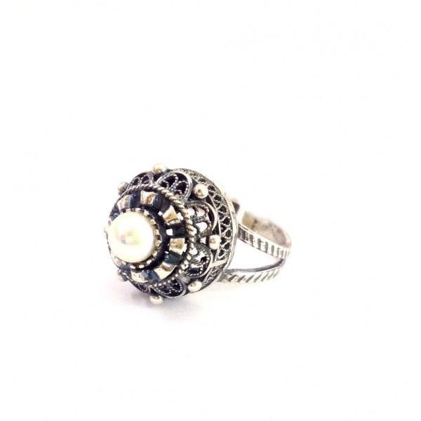 Кольцо с жемчугом Анна