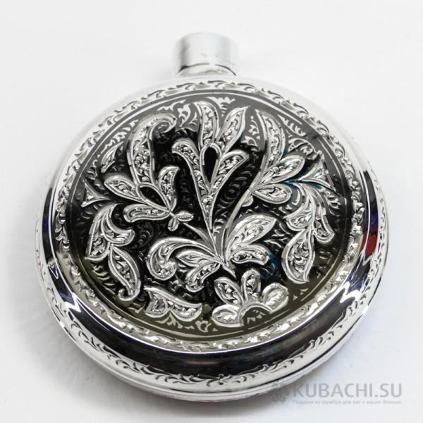 Серебряная круглая фляга кубачинских мастеров