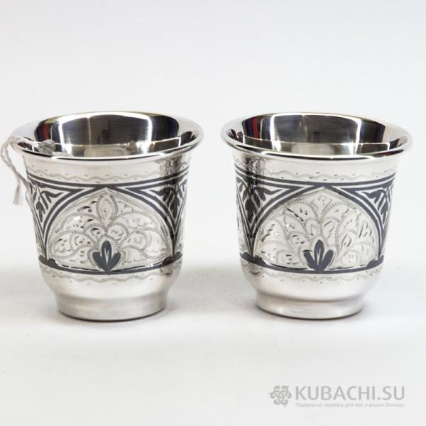 Набор серебряных стопок кубачинских мастеров