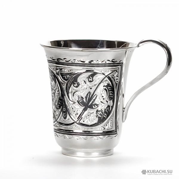 Серебряная кружка для чая кубачинских мастеров