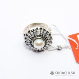 Кольцо с жемчугом и цирконом Кайли